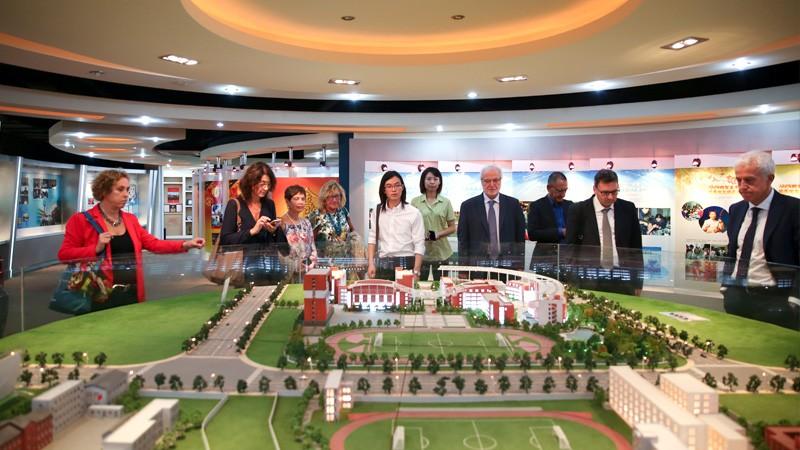 Torino-Shanghai: il nostro preside in missione con il MIUR